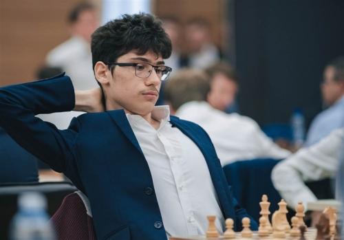 علیرضا فیروزجا، نایب قهرمان شطرنج سریع جهان شد.