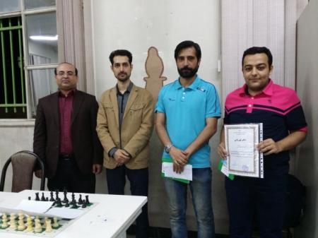 عشقی و ملکی قهرمان اولین دوره مسابقات شطرنج سریع 4 نفره سایت صفحه شطرنج شدند