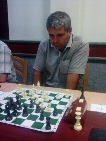 فرج دلیر قهرمان اولین دوره مسابقات برق آسا شهر ری شد