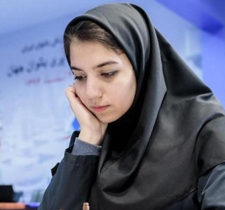 مصاحبه با سارا سادات خادم الشریعه در سایت برنامه نود